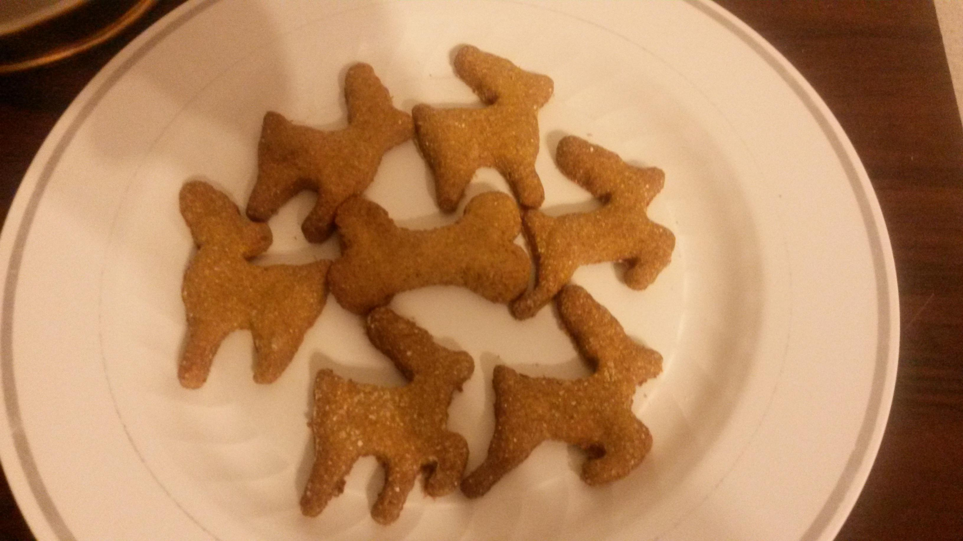 pumpkin pb biscuits-20150103_180433_1420344643435.jpg