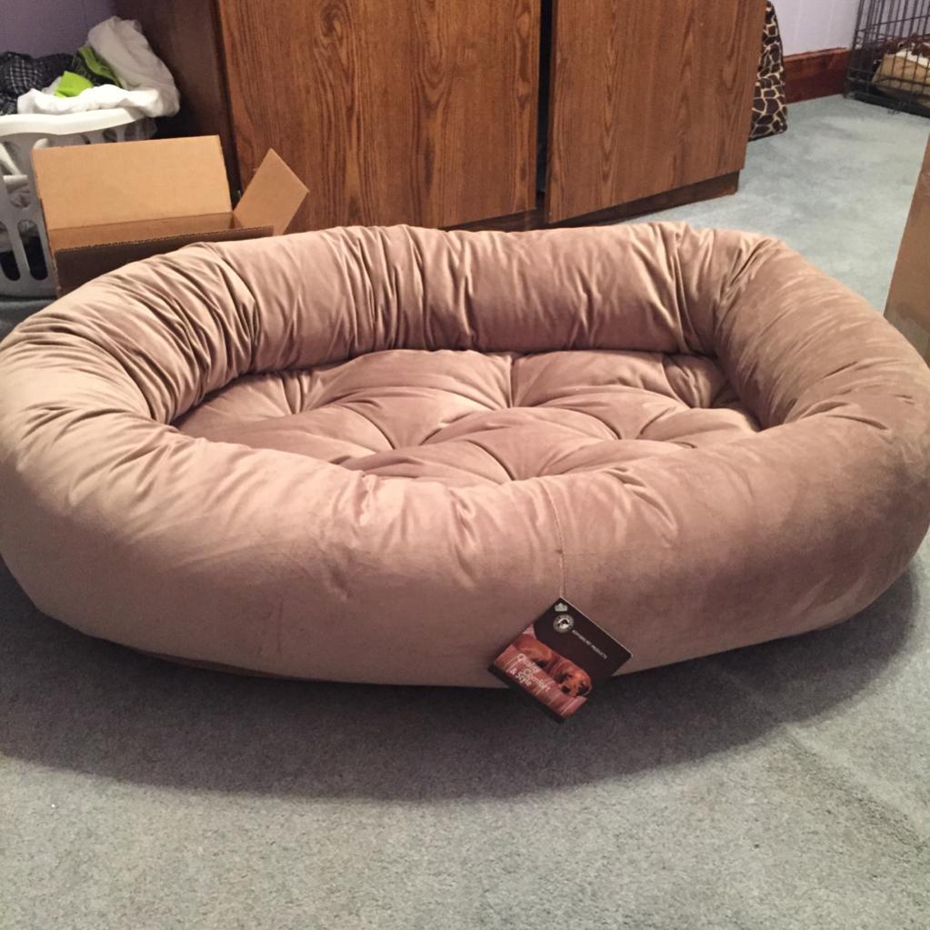 bowser double donut bed  boxer forum  boxer breed dog forums - bowser double donut bedimageuploadedbypetguide